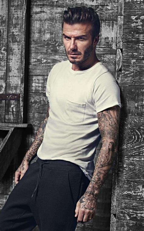 New Beckham 2526 9 david beckham s new bodywear collection for h m proves he can even make grey tracksuits look