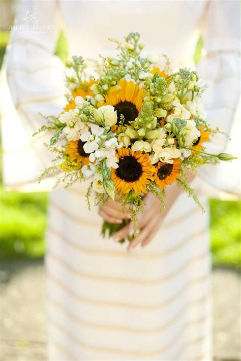 rustic sunflower wedding ideas and wedding invitations