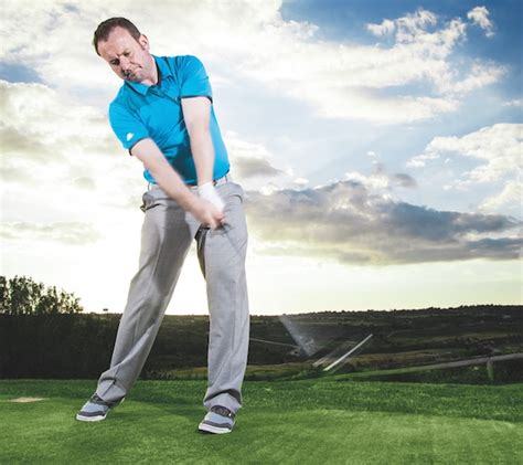 golf swing right or left hand dominant 3 keys to improving your golf swing scottish golf courses