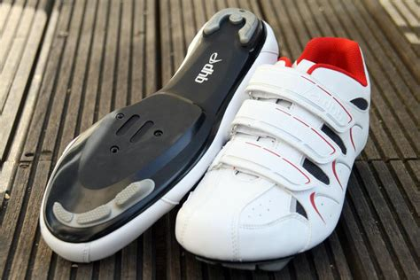 entry level road bike shoes review dhb r1 0 road cycling shoes road cc