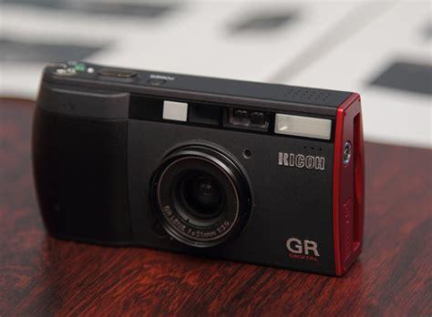 gr digital リコーgr digital フィルム時代から変わらずに進化を続けるカメラ デザインのチカラ デザイン情報