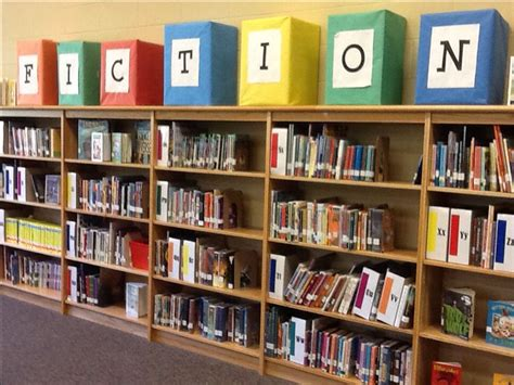 Library Shelf Signs by Best 25 Library Signs Ideas On School Library