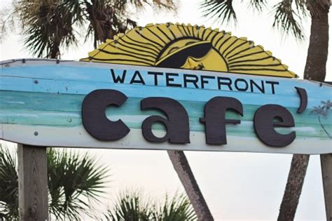 dinner on a boat pensacola pensacola beach restaurants where to eat sweet t makes