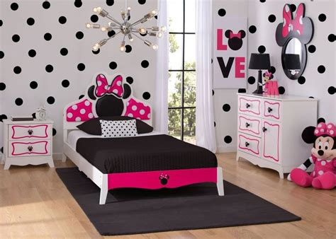 minnie mouse theme bedroom 25 best ideas about disney themed rooms on pinterest