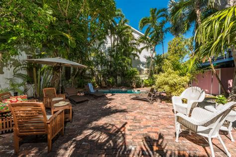 backyard key west key west vacation home downtown 6 bed 4 bath rental