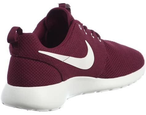 Nike Roshe Run Bordeaux Rot by Nike Roshe One Chaussures Bordeaux Dans Le Shop Weare