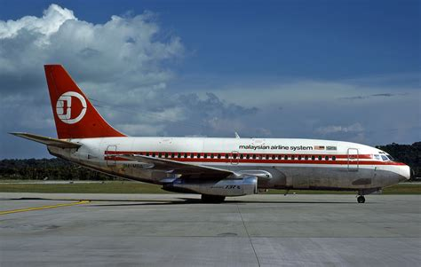 Mba At American Airlines Reviews by Malaysian Airline System B737 200 9m Mba Jetcollector