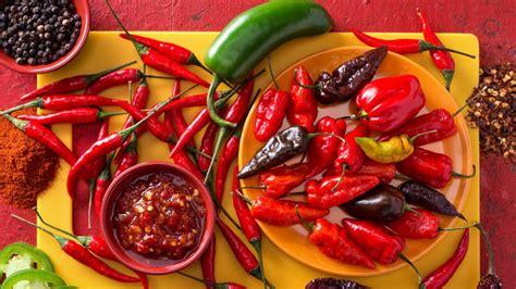 10 Foods To Get Your In A Spicy Mood by 191 Quieres Saber Cu 225 L Es El Aj 237 M 225 S Picante Mundo