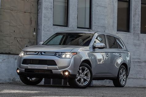 all new 2014 mitsubishi outlander photos and details