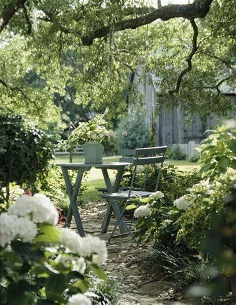 Garden Reading 20 Outdoor Reading Nooks With The Secret Garden Home