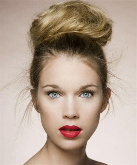 Moderne Damen Frisuren by Moderne Damenfrisuren Und Make Up Bringen Die Nat 252 Rliche