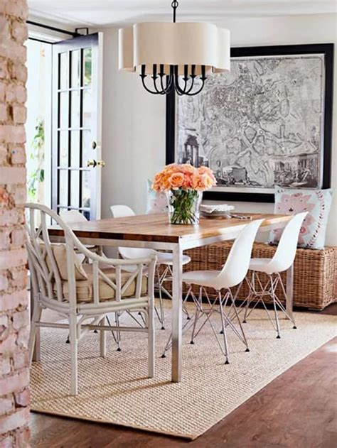 rugs for dining room how to pick a rug for your dining room designrulz