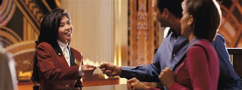 Hotels Hiring Front Desk by How Front Office Involves With Customer Service In