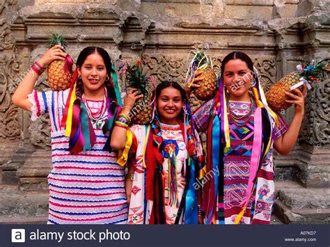 festival mexico mexican pineapple guelaguetza