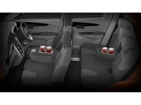 Mahindra KUV100 K4  Diesel 6 STR Price, Specifications