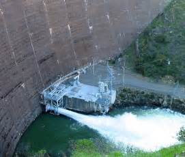 lake berryessa spillway construction fogonazos the largest drain hole in the world