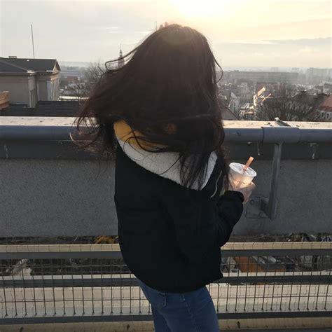 aesthetic sunset girl badgirl roof yellow gadis