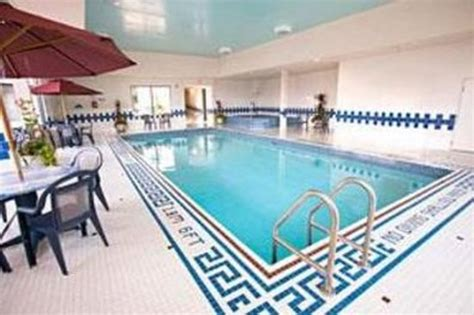 does the comfort inn have a pool comfort inn fallsview updated 2017 prices reviews