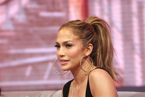j lo ponytail hairstyles jennifer lopez doesnt know about tidal shady z 107 9