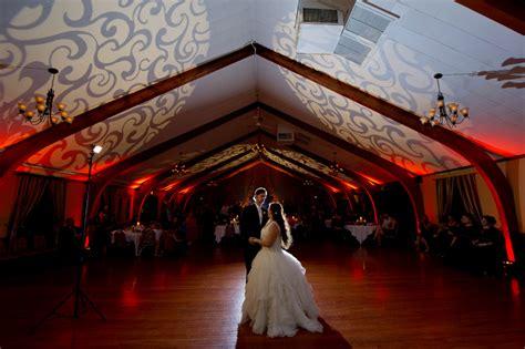 wedding venues waukesha wi waukesha frame park wedding photographer nicki and