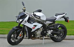 Bmw S1000r Motorcycle Review 2014 Bmw S1000r Driving