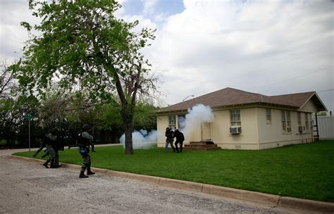 carl edwards fort worth swat team participate in