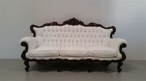 white vintage couch party rentals los angelesfurniture rentals opus event