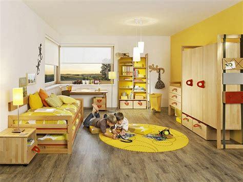 a warm interior design with ikea furniture galer 237 a de im 225 genes decoraci 243 n en color amarillo