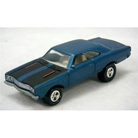 Johnny Lighting Cars by Johnny Lightning Cars Usa 1969 Plymouth Road Runner Global Diecast Direct