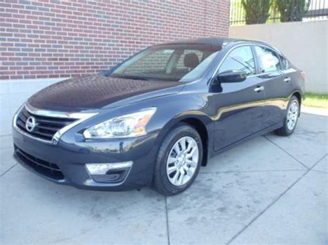 photo image gallery touchup paint nissan altima in blue rbd