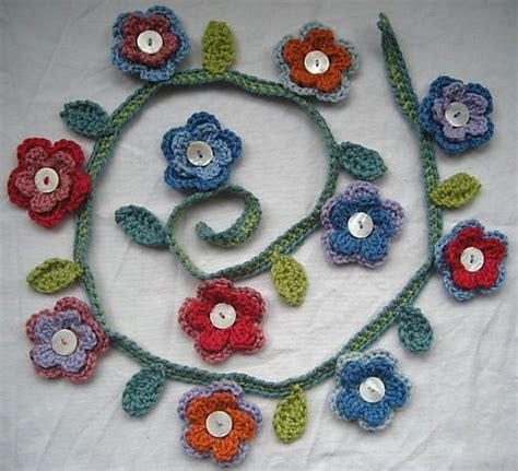 fiori fatti con l uncinetto one hundred crochet flowers powers fiori all uncinetto