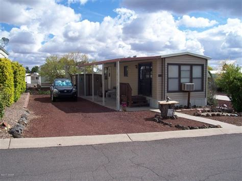 1886 lynx show low az 85901 mls 214586 coldwell