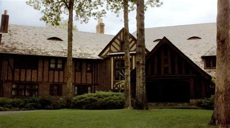 the salvatore house image salvatore boarding house jpg supernatural beings wiki