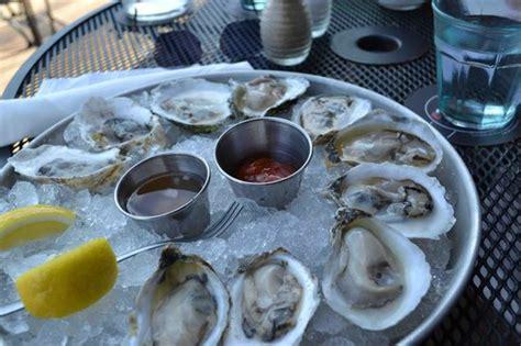 boones fish house 10 restaurants near hilton garden inn portland downtown waterfront