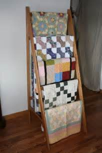 Free Standing Quilt Display Hangers 1000 Ideas About Quilt Ladder On Quilt Racks Quilt Display And Quilt Storage