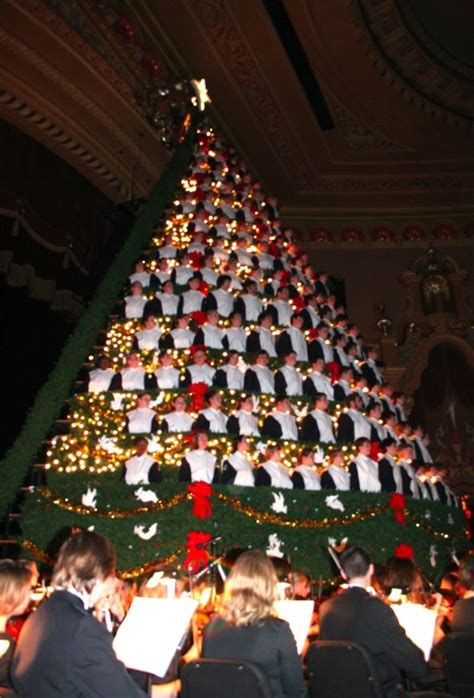 living christmas tree choir when s the last one you ve