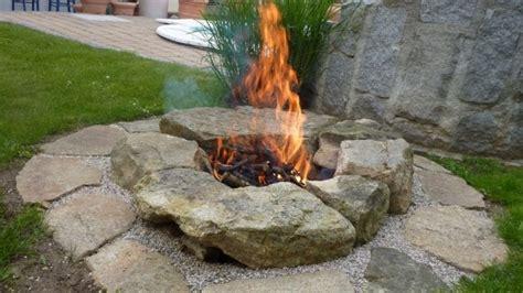 feuerstelle im garten bauen feuerstelle garten selberbauen feuerstelle garten selber