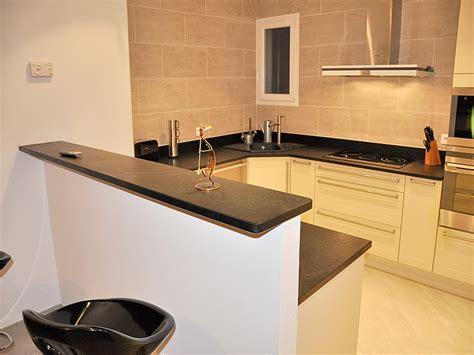 largeur bar cuisine plan de travail granit ikea meuble cuisine angle ikea