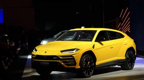 lamborghini urus lamborghini urus suv revealed with 641hp drivers magazine