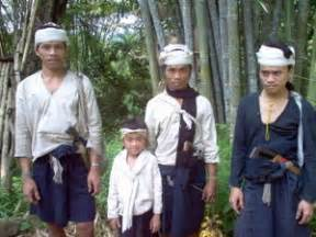 Baju Adat Jaman Dulu pakaian adat tradisional daerah banten fiana1