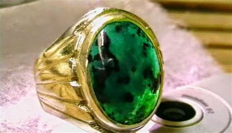 Batu Akik 07 Mr Bacan indahnya batu akik borneo hijau dan khasiatnya untuk