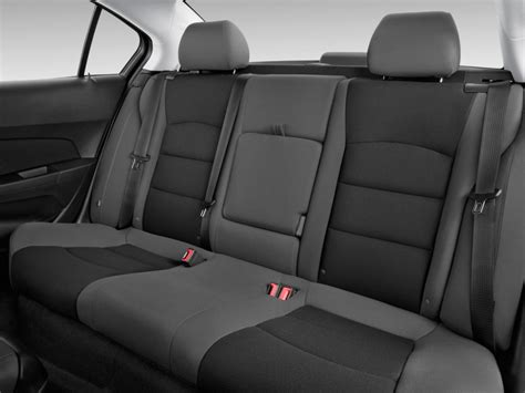 2012 chevy cruze lt seat covers image 2015 chevrolet cruze 4 door sedan auto 1lt rear