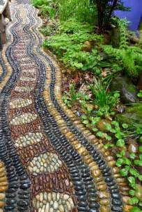 Wool Pebble Rug 32 Amazing Pebble Garden Paths Digsdigs