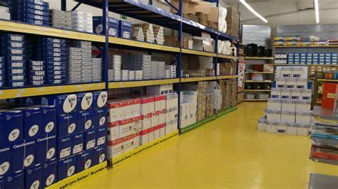 Leclerc Chemill 233 Les 3 Routes Bureau Vallee Bureau Vallée Beauvais