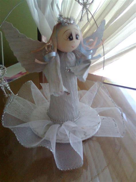 angelitos con periodoco comunion angelitos aprender manualidades es facilisimo com