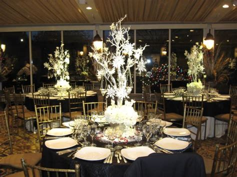 winter wedding decorations winter wedding decoration ideas photograph monday august