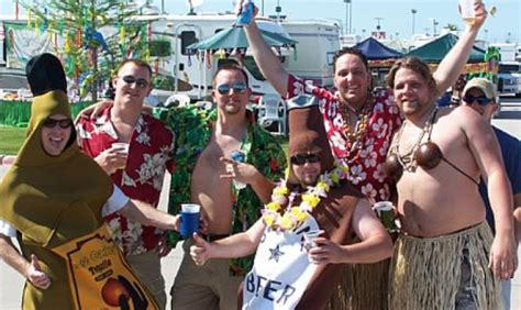 jimmy buffett fan site who has the worst fans dave matthews band phish or