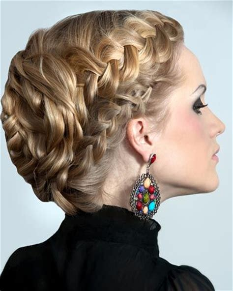 hairstyles for women with double crowns 174 best images about beautiful braiding and beading
