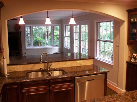 kitchen renovation ideas for small kitchens 25 best ideas about small kitchen remodeling on