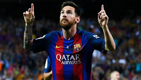 messi biography net worth lionel messi biography earnings wife salary age